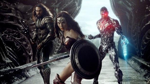 Justice League Adalet Birligi Film Elestirisi